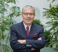 Dr. Carlos Vallejos Sologuren, Director Médico y Fundador de Oncosalud además de Exministro de Salud de Perú.jpg