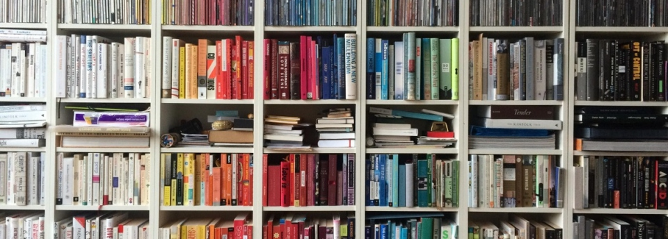 Bookcase_colors_1200px.jpg