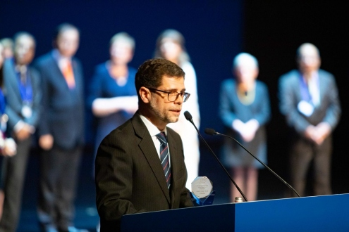 Alvaro Vázquez, son of H.E. Dr Tabaré Vázquez, President of Uruguay, accepting the award on behalf of his father at the 2019WCLS