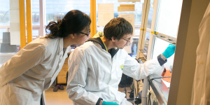 RS99_Making nano particles - Haukeland University Hospital Bergen Norway 007-scr.JPG