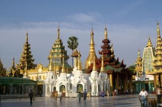 RS16824_DSC014_Myanmar_Yangon_Paya Shwédagon Pagoda_Tazaung Pavillon-scr.jpg